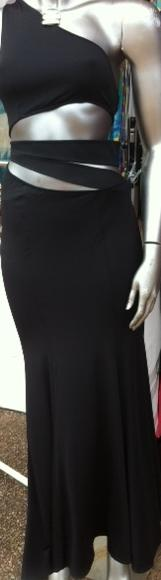 Black Cut Out Maxi S8/12