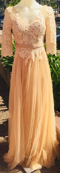 Tulle Gown Cream S6/8